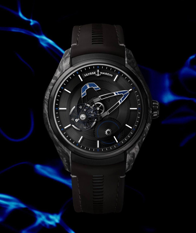 雅典freak x出了宝齐莱限量版,黑表壳搭配蓝色的指针还蛮好看哒