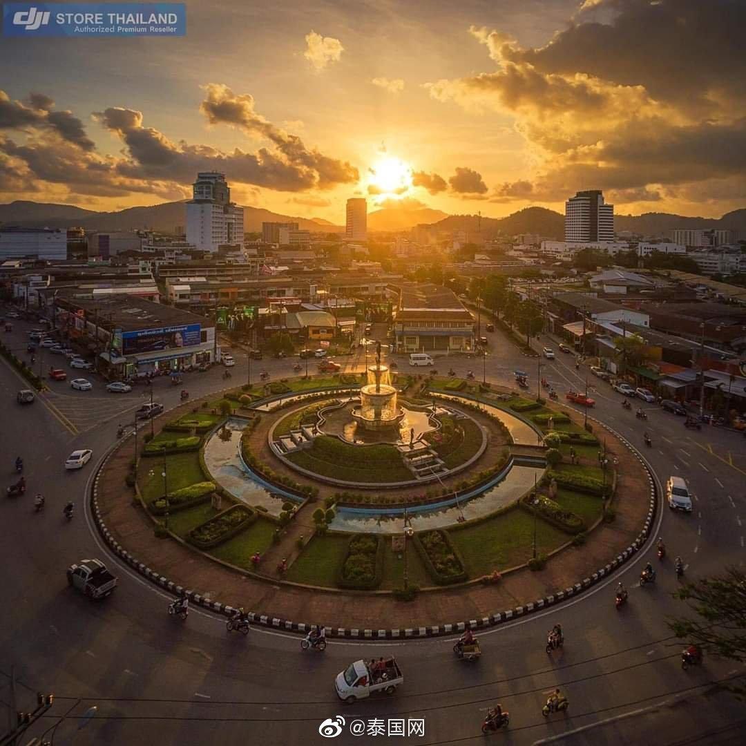 傍晚时分的普吉,神仙半岛(来源:FB)