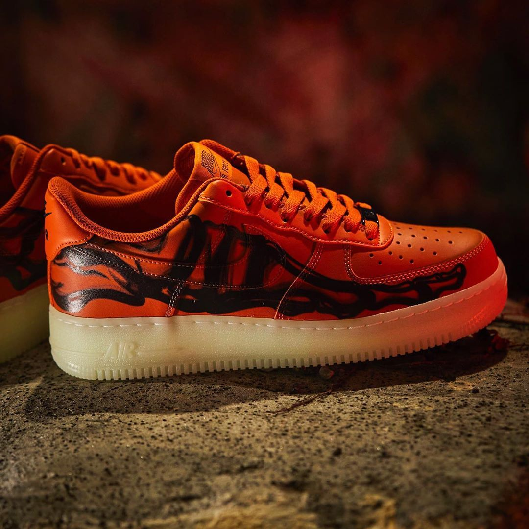 Nike Air Force 1 '07 QS Orange Skeleton万圣节南瓜10月28日©