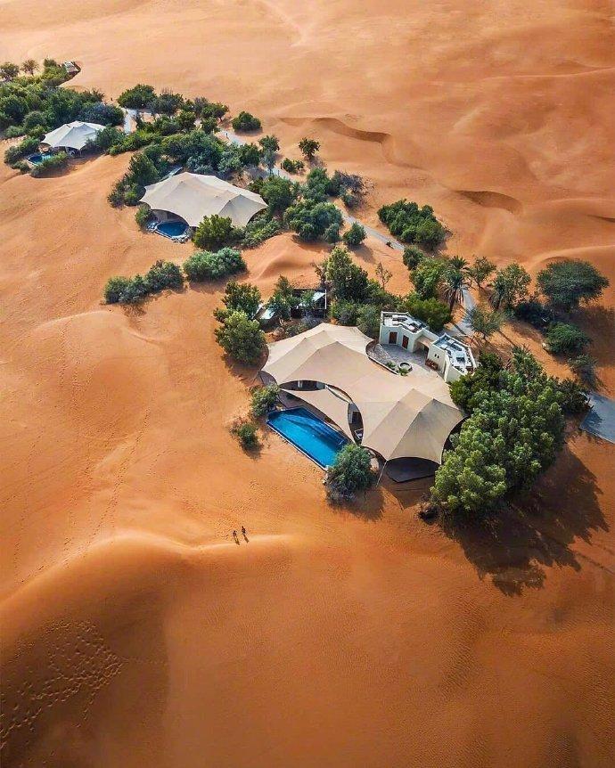 迪拜阿玛哈,沙漠皇宫,被沙漠环绕的人间仙境。