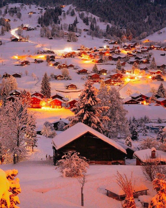 瑞士的冬夜,现实中的童话世界❄