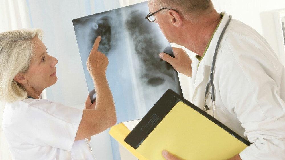 又不是消化道肿瘤,肺癌为何影响食欲,这里告诉你原因和解决办法