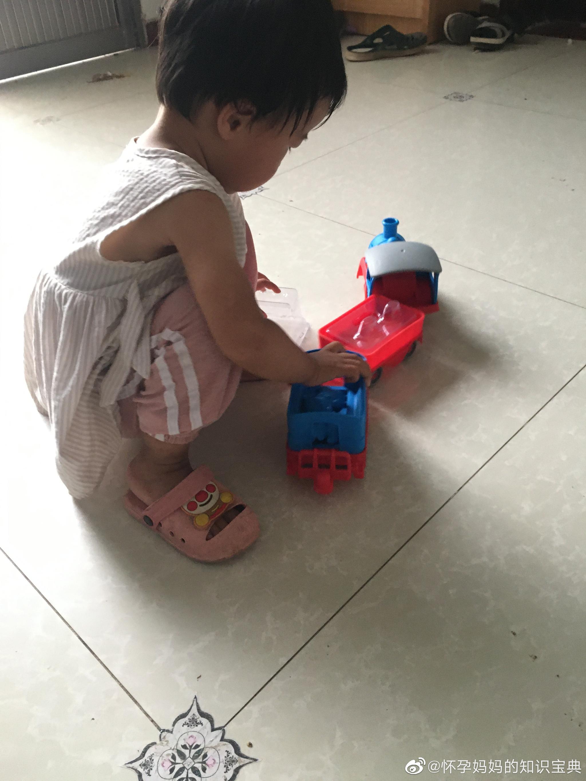 孕妈-交通模型消防车