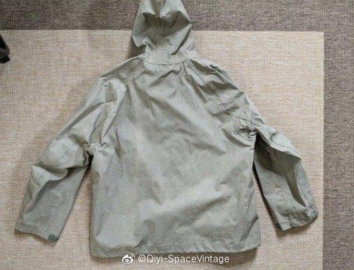 二战初代铁扣美军甲板雨衣 白菜1900 M码 品相好 先到先得