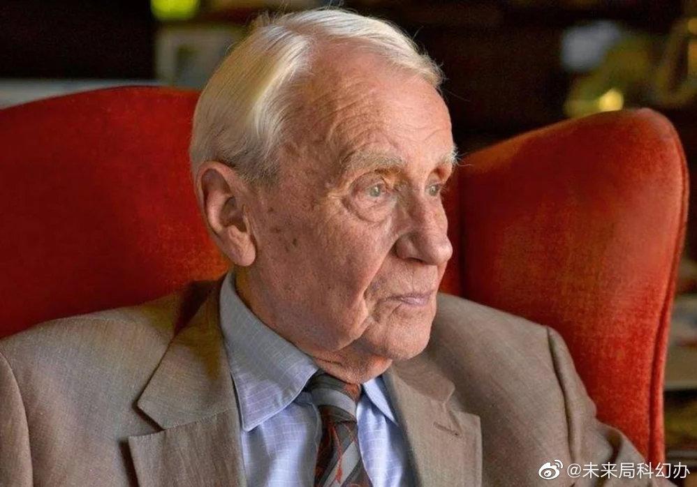 今天是小托爷爷,克里斯托弗·托尔金 的诞辰96周年