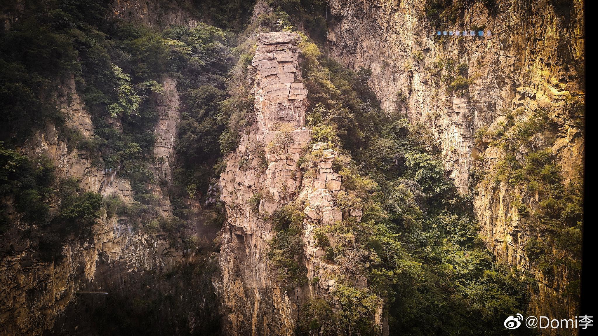 神农山是国家5A级景区,位于河南省焦作沁阳市紫陵镇赵寨村