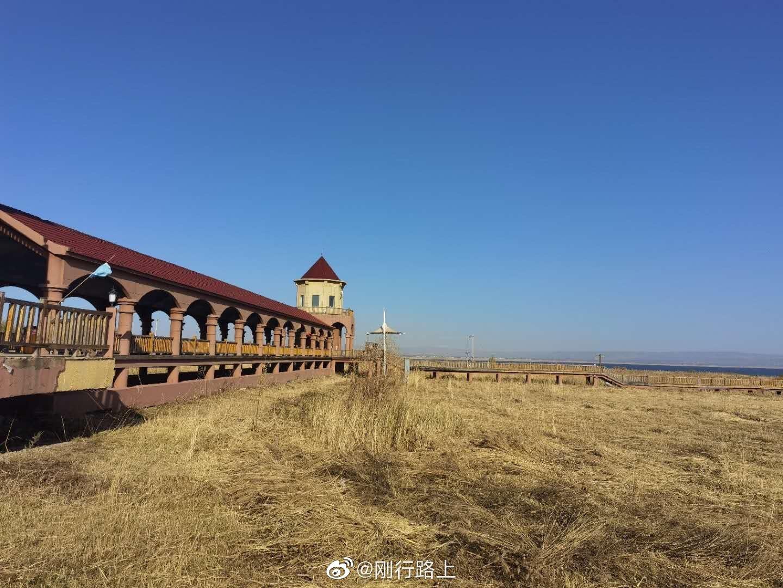 凉城岱海旅游区位于内蒙古自治区中南部乌兰察布市凉城县岱海湖畔