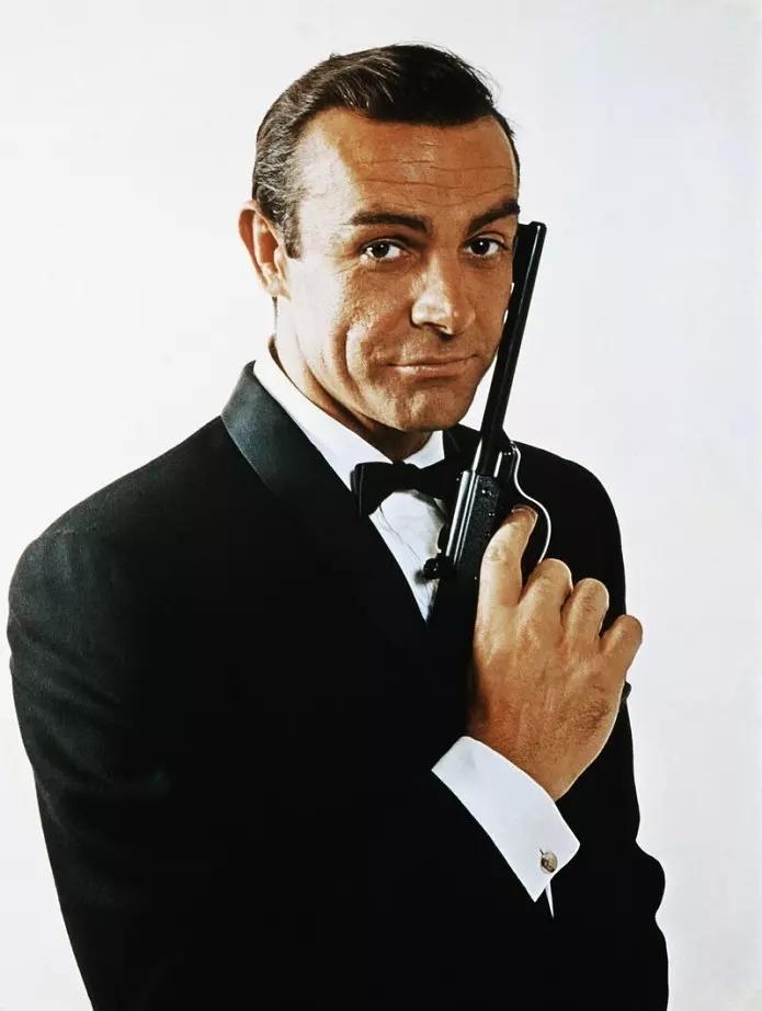 """第一代""""007""""的扮演者,著名好莱坞影星肖恩·康纳利去世,享年90岁"""