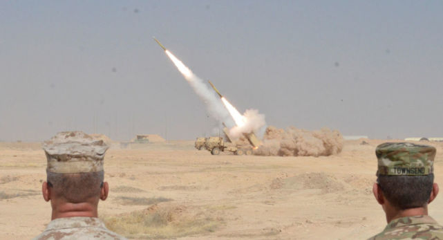 巴以冲突升级后,美军开始增兵中东!大批战机已经抵达沙特随时待命!
