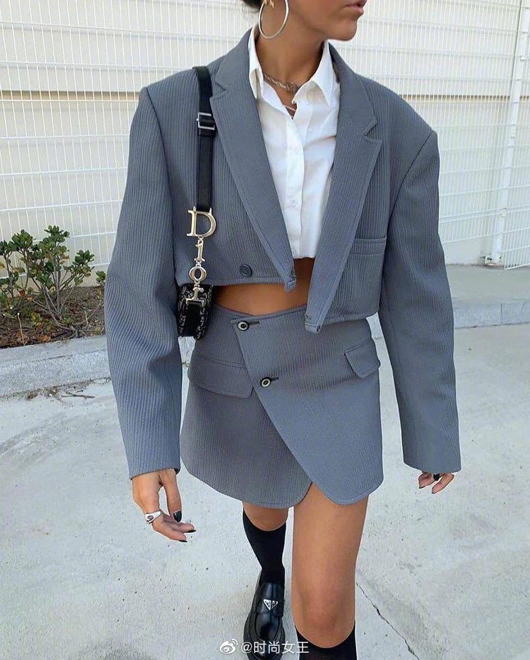 今秋正in单品——短款西服外套,轻松摆脱死板,日常穿着也超有型!