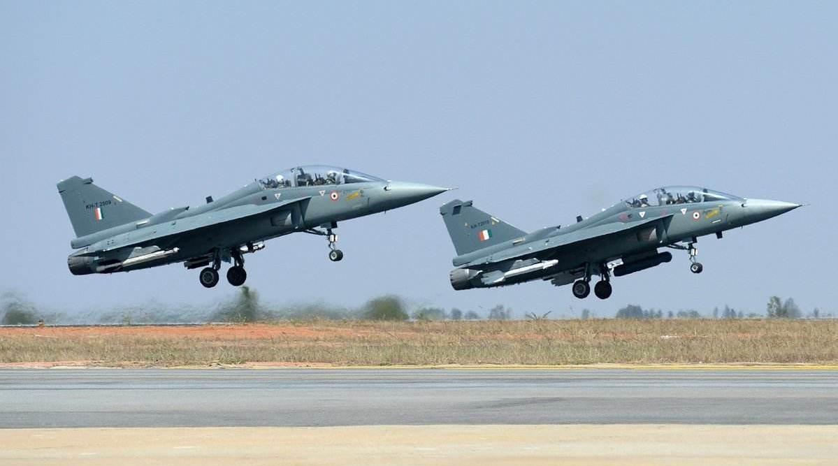 时隔33年之后,印度LCA战机终于修成正果,放话从此不再怕歼10