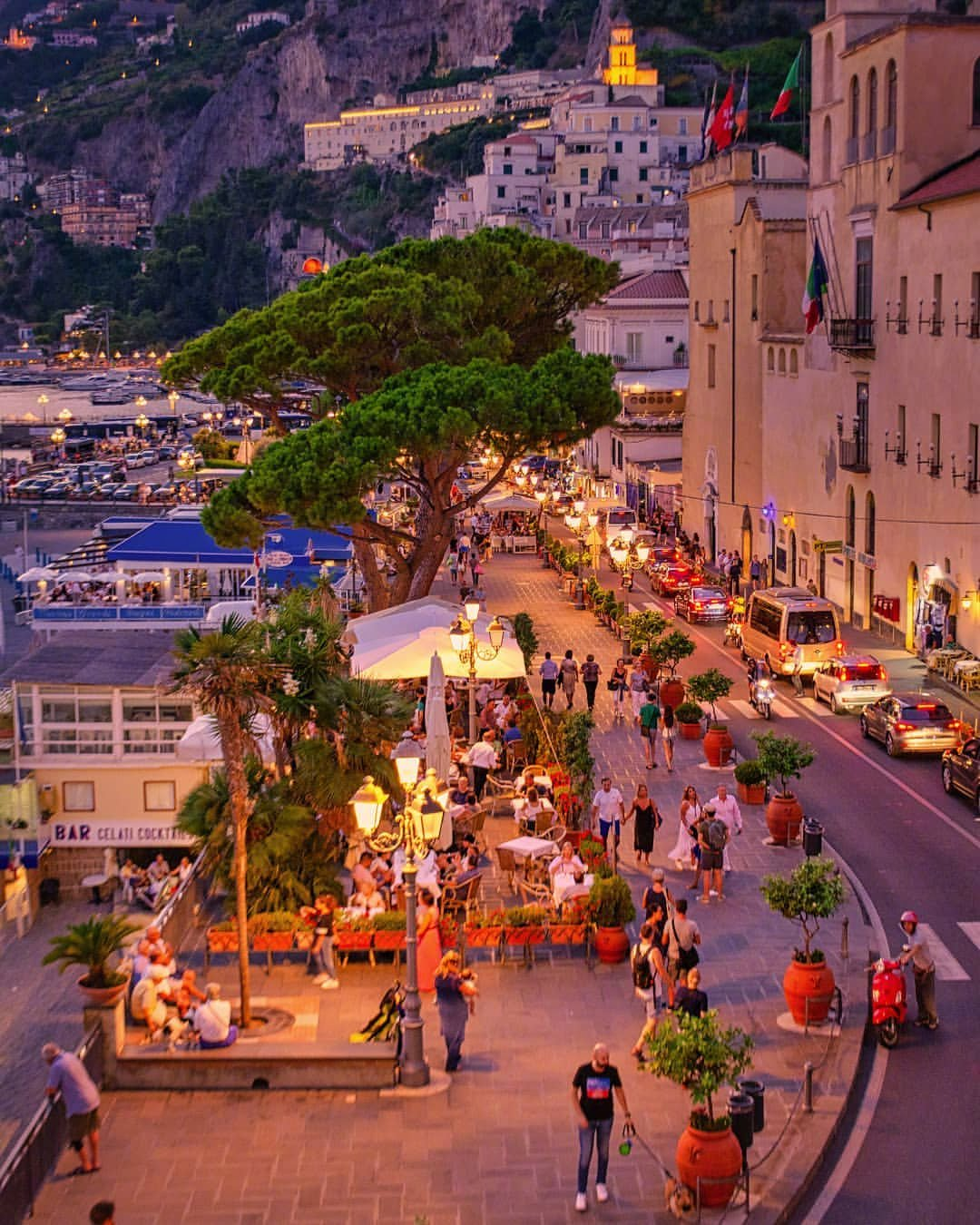 意大利夜幕低垂时✨ins:gennaro_rispoli