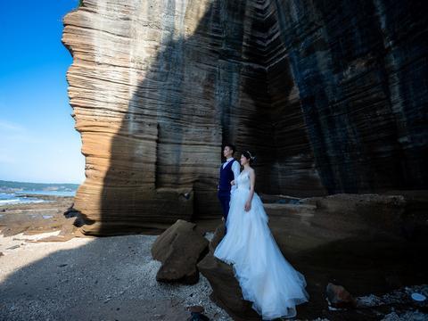 25岁女子不顾道德谴责嫁46岁男子,1年后离婚:扶正后也是外人