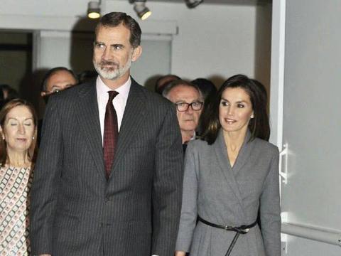 西班牙王后莱蒂齐亚钟爱西装裙,巧思妙想,弥补身高不足必杀技
