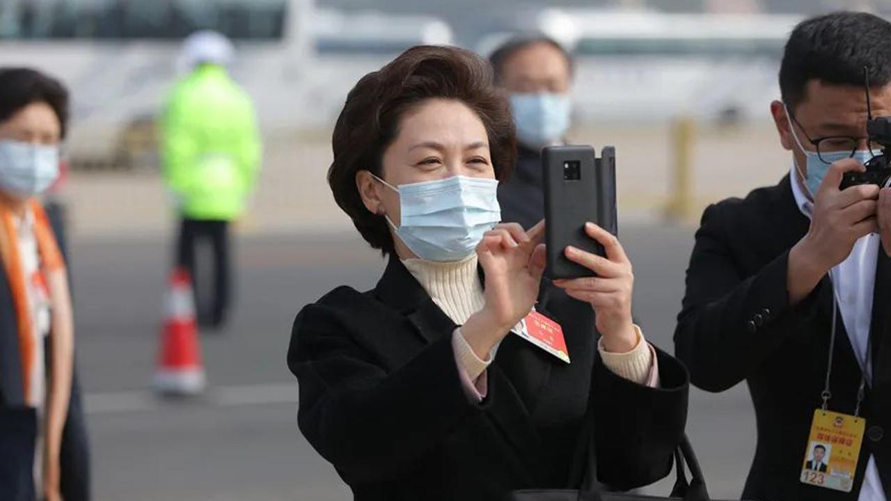 """姚明、李彦宏、冯小刚…入场委员""""熟人""""不少"""