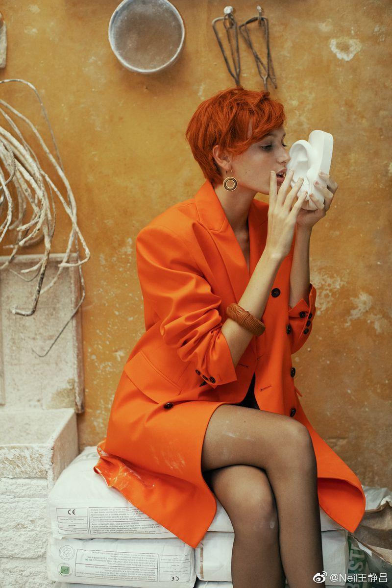 意大利版《Marie Claire》12月刊Aurora Talarico