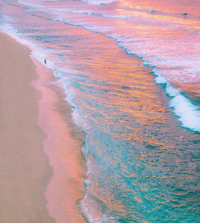 巴厘岛,那让人忘却忧愁的海和风。