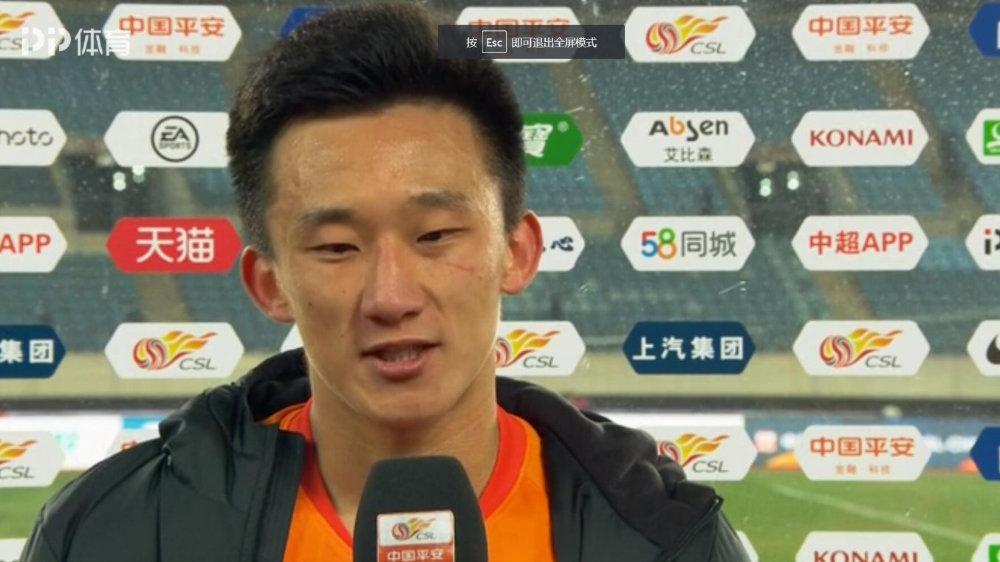 丛震:卓尔队把握机会欠缺运气,感谢球迷呐喊,希望下场有好结果!