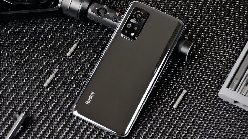 Redmi K30S至尊版33W快充优化!彻底的碾压某些40W 44W手机