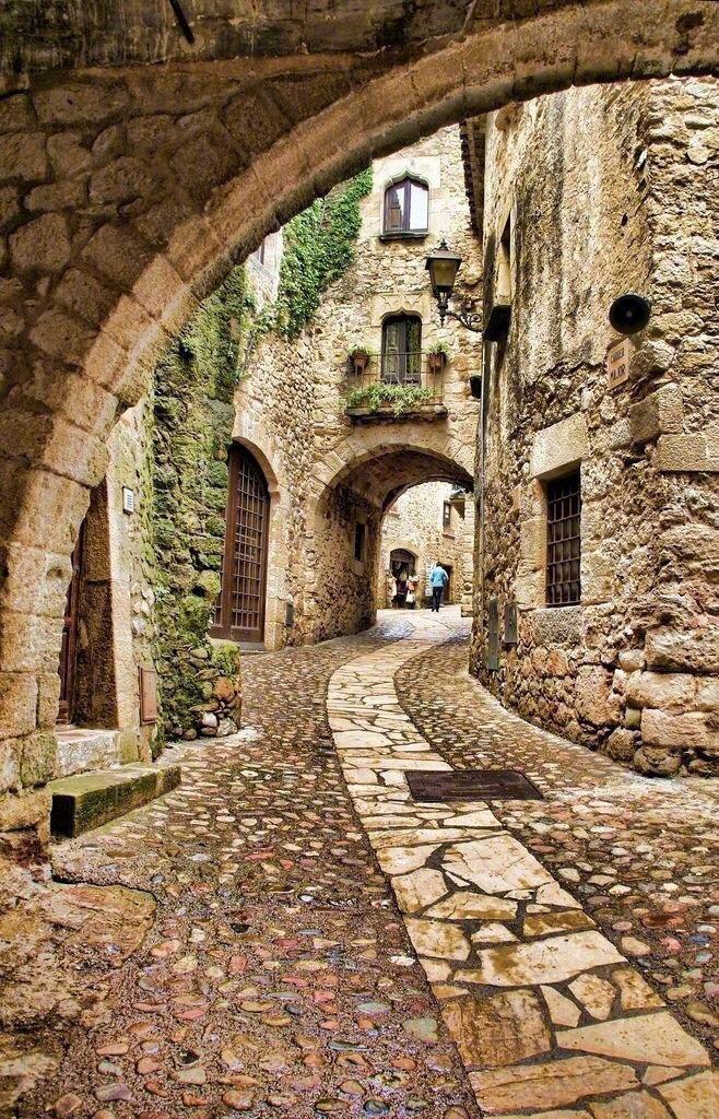 西班牙旅行不可错过的加泰罗尼亚。