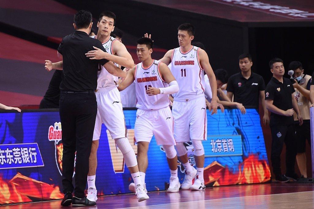 恭喜广东队,历史第15次挺进CBA总决赛!以总比分2比1淘汰北京