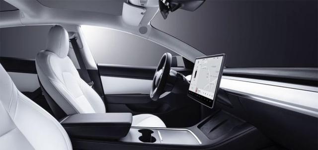 美国官网上线新款Model 3,续航增加