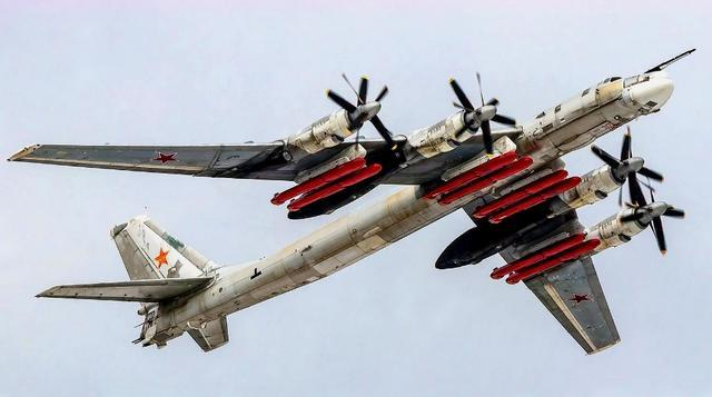 俄罗斯的擎天柱,一直被低估的图-95战略轰炸机