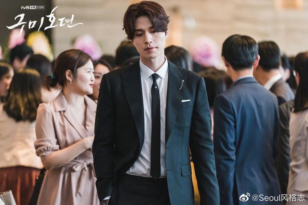 由李栋旭、赵宝儿主演tvN新剧《九尾狐传》公开男主剧照欧巴简直就是