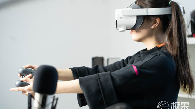 VR 独占游戏《半条命:Alyx 》体验:玩过原版的都老了