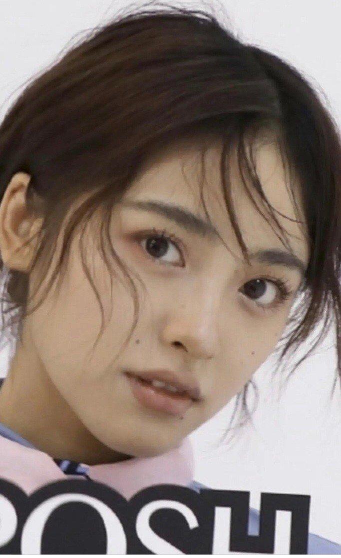 新流星花园杉菜的饰演者沈月,第一次看到女明星脸上那么多痣