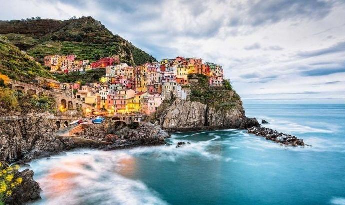 在这里随手一拍就是一张明信片上的风景,意大利马纳罗拉