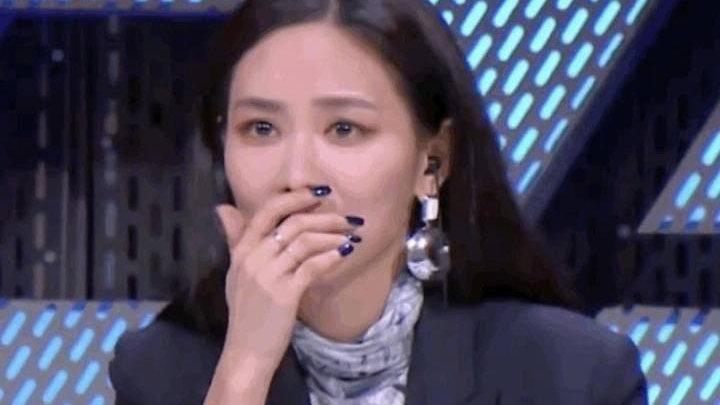《浪姐2》成团夜:那英霸气喊话杨钰莹,却疑似假唱尴尬转身