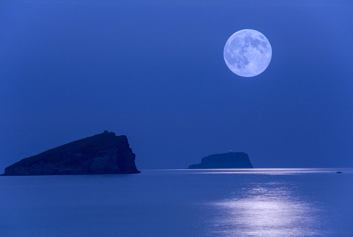 天水一色,风月无边晚安