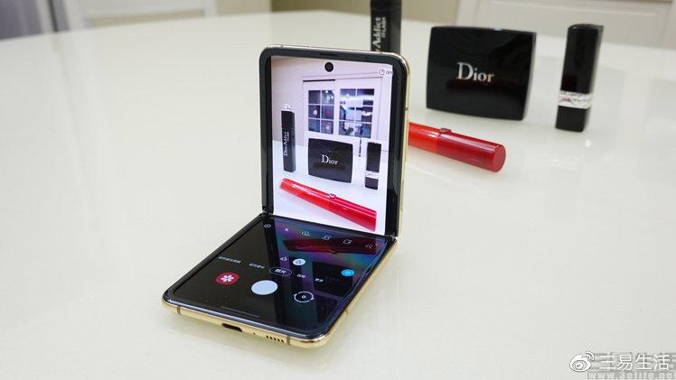 折叠屏也可以精致小巧,三星Galaxy Z Flip评测