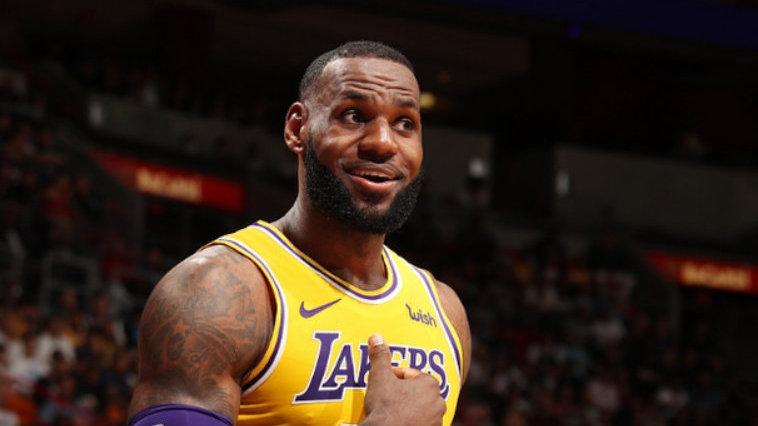 美媒评10位NBA现役名人堂球员 25岁字母哥入围