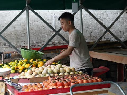 买菜必看!西支涌临时农贸市场今日开业,带你第一时间了解食材供应情况