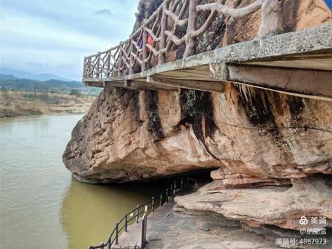 赣粤古道神奇传说,江西寻乌青龙岩洞穴数万,众多奇景浑然天成