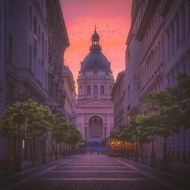 黄昏下的匈牙利布达佩斯 美呆了