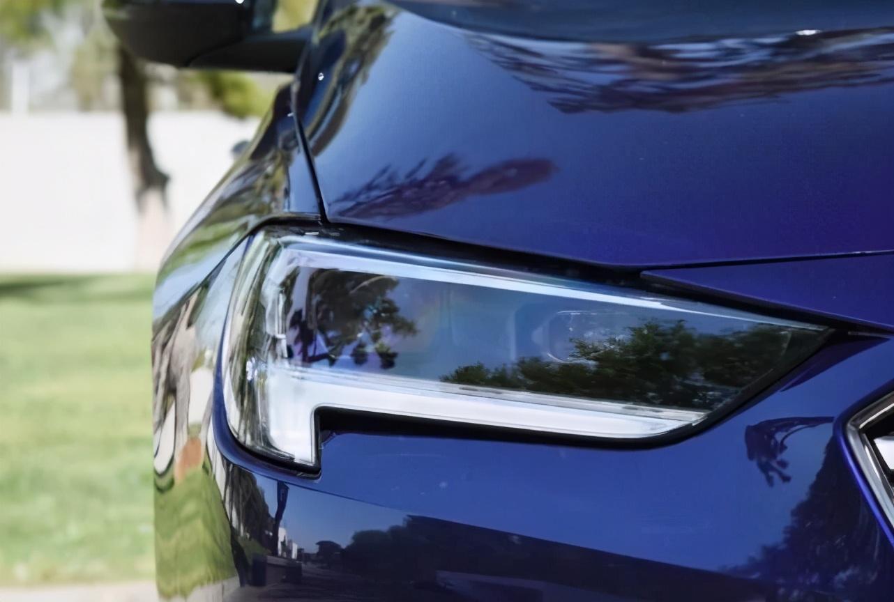 性价比最高合资B级车,长近5米,2.0T+9AT,跌至13万比雅阁厚道