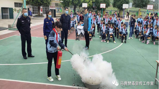 南宁市邕宁区百济镇开展禁毒普法宣传
