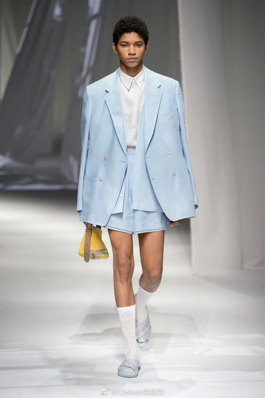 Fendi 2021春夏男装大秀,算是疫情之后米兰的第一场大牌正规走秀