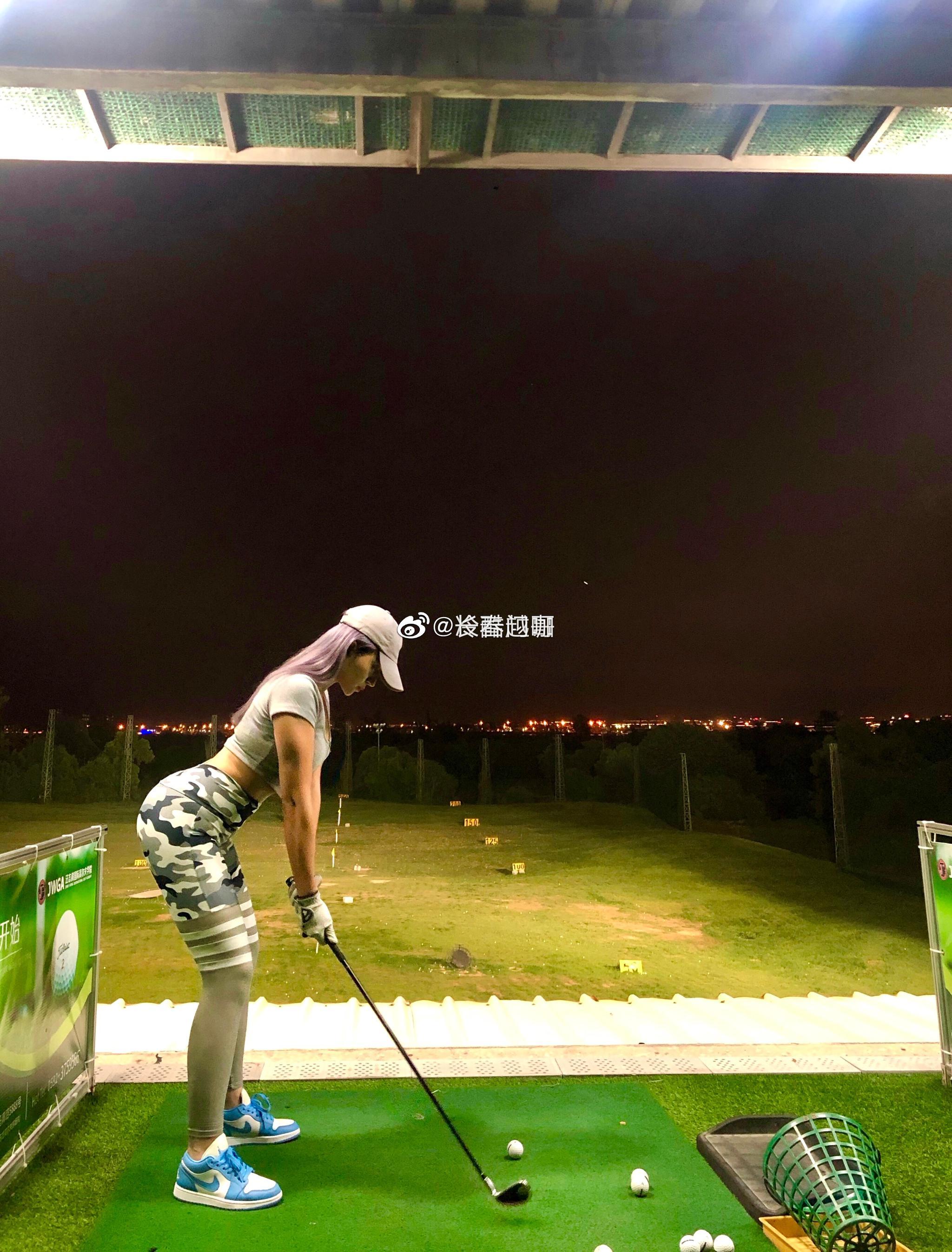 世界四大绅士运动之一:打高尔夫球……