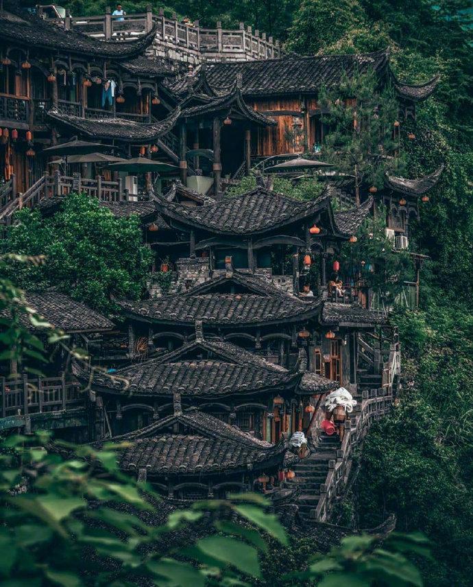 顺其自然,随遇而安~摄于湖南·芙蓉镇