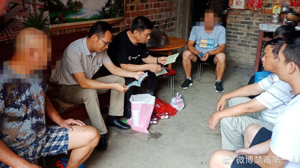 隆安县积极开展涉毒贫困人员走访活动助力扶贫攻坚工作