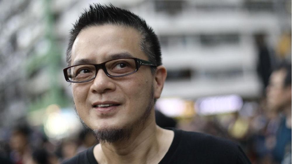 为乱港分子站台,歌手黄耀明涉选举舞弊被廉署起诉 | 香港一日