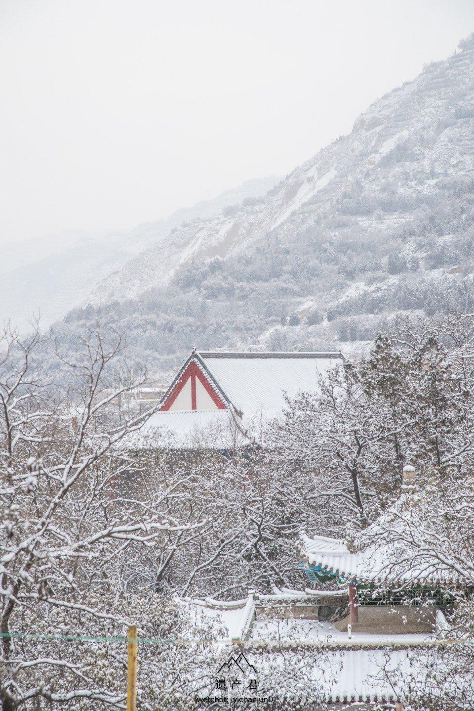 兰州五泉山的雪,中国传统建筑配上雪景,一种天人合一的东方人文美