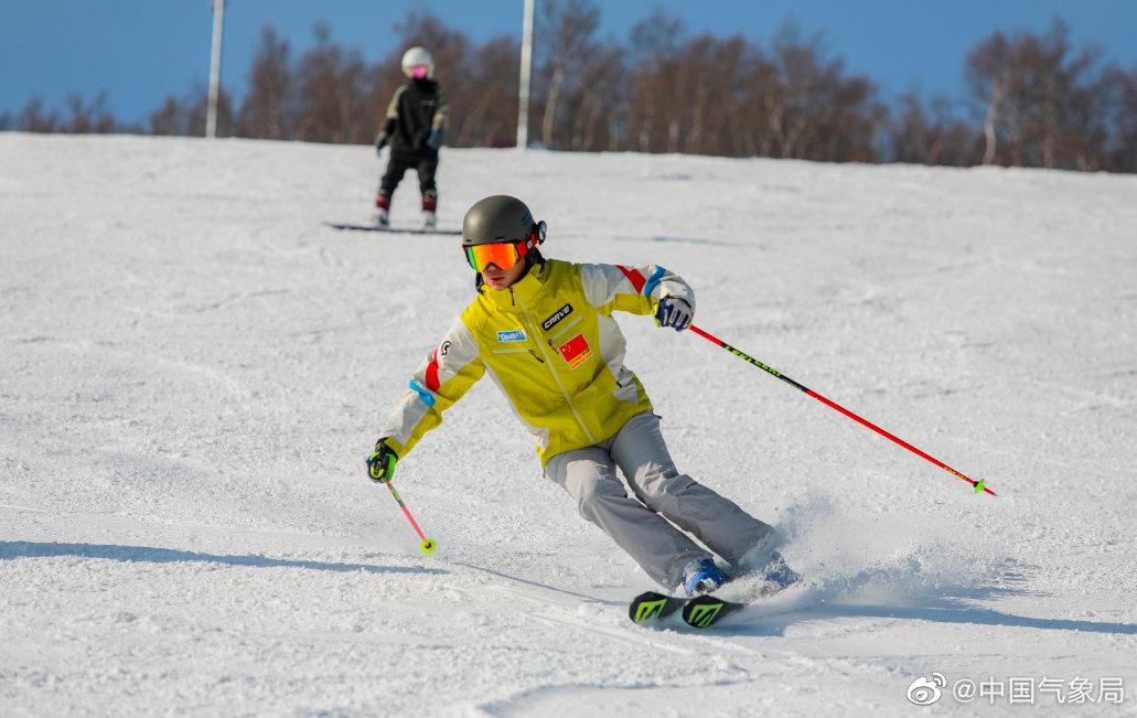 10月30日,河北省张家口市崇礼区太舞滑雪场开滑,你会滑雪不⛷️