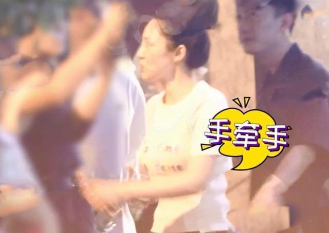 苏小玎疑晒女友视角照秀恩爱,甜蜜告知董璇方:拍照的人太美