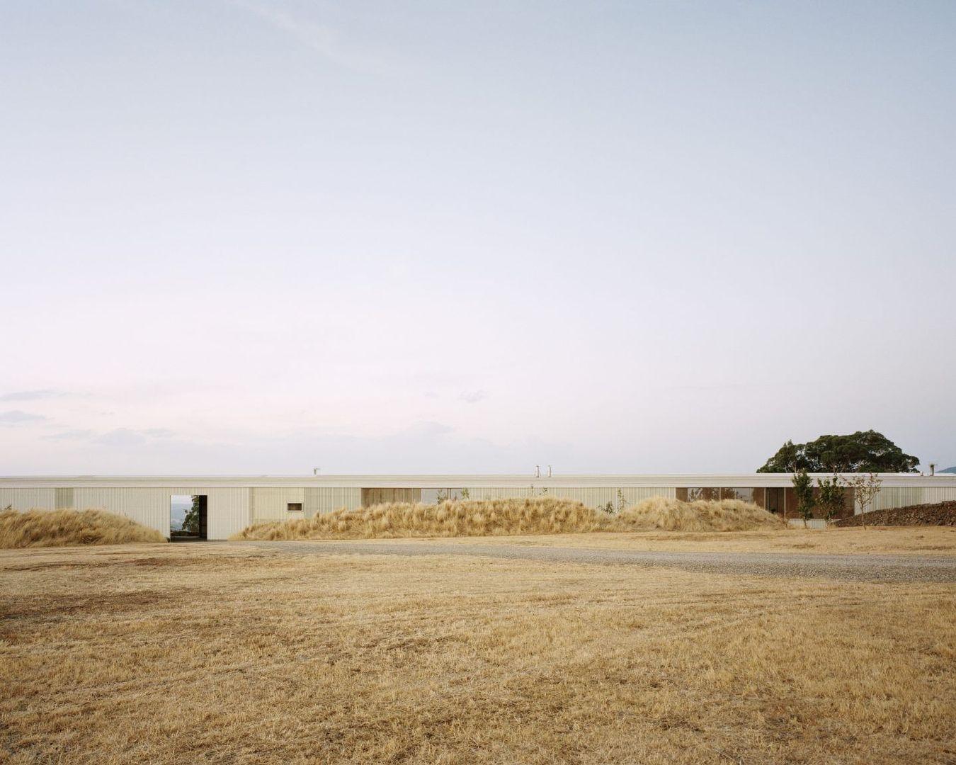 长屋:乡村美景中的住宅澳大利亚建筑事务所 Partners Hill