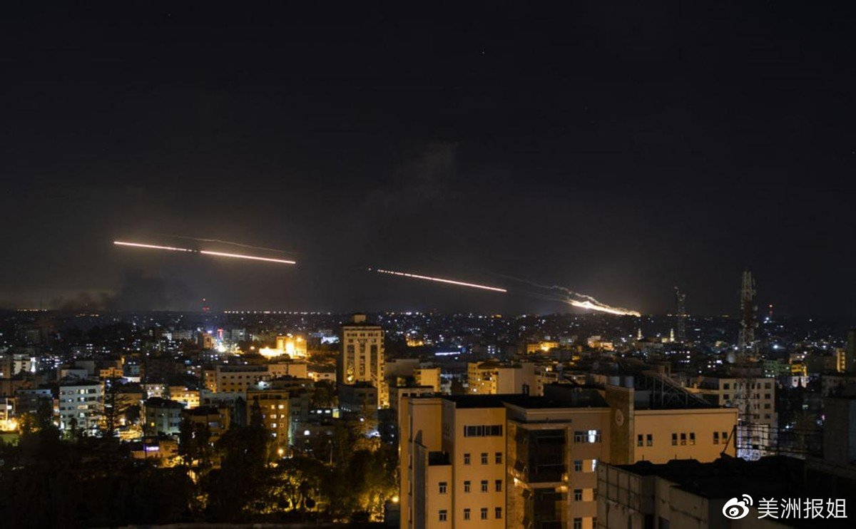 哈马斯轰炸以色列机场,美军抛弃盟友,英法德俄选边站